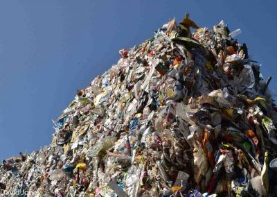 Mountains-of-plastic-waste-1